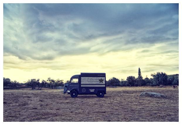 La Finca-de-Jimenez-Barbero-Meat-Truck (6)