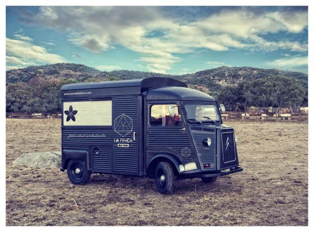 La Finca-de-Jimenez-Barbero-Meat-Truck (7)