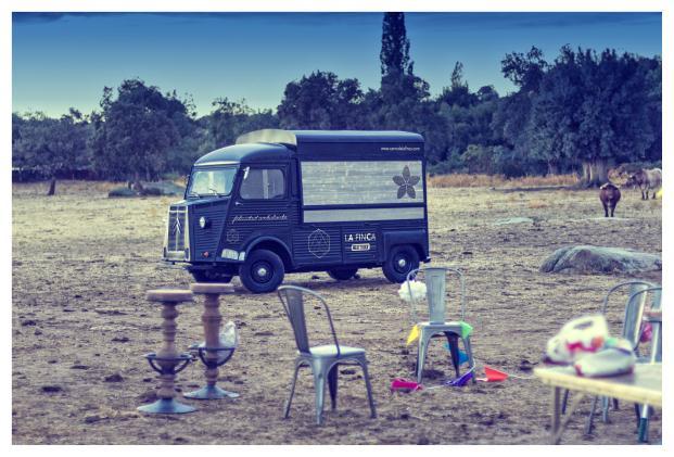 La Finca-de-Jimenez-Barbero-Meat-Truck (9)