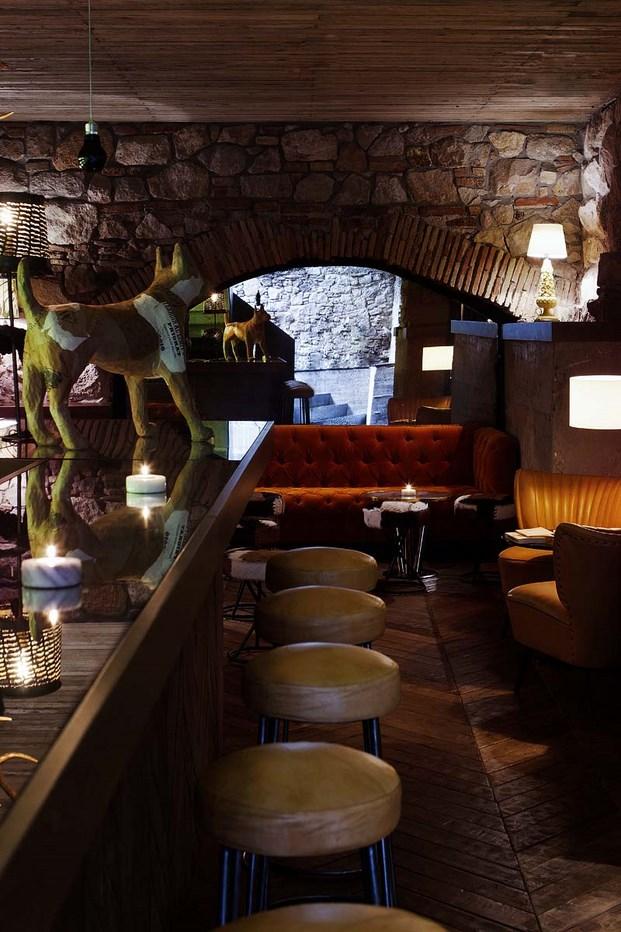 Restaurante palosanto de bonbastudio y derby hotels for Derby hotels collection