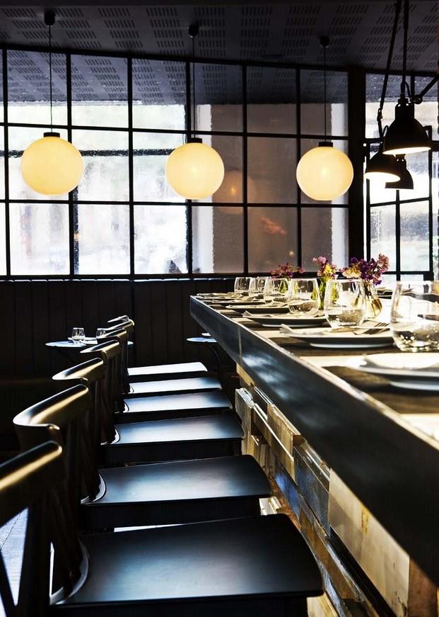 Restaurante Palosanto de Bonbastudio y Derby Hotels Collection 7 (Copiar)