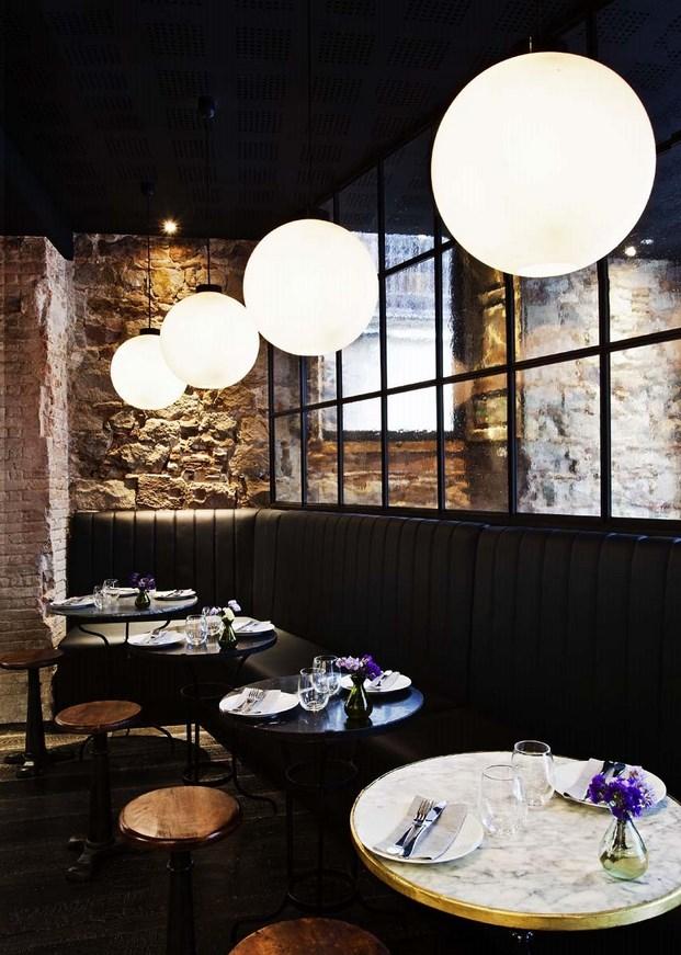 Restaurante Palosanto de Bonbastudio y Derby Hotels Collection 8 (Copiar)