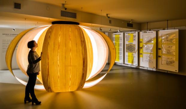 el showroom de mobiliario Mínim exhibe la muestra La Herencia de Coderch que presenta una película documental creada por Poldo Pomés diariodesign