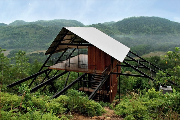 12 cabins taschen Narein Perera, Estate Bungalow