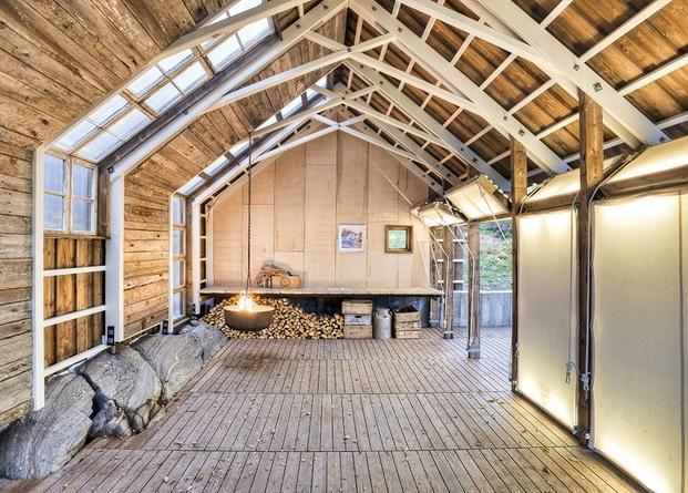 13 cabins taschen TYIN Boathouse