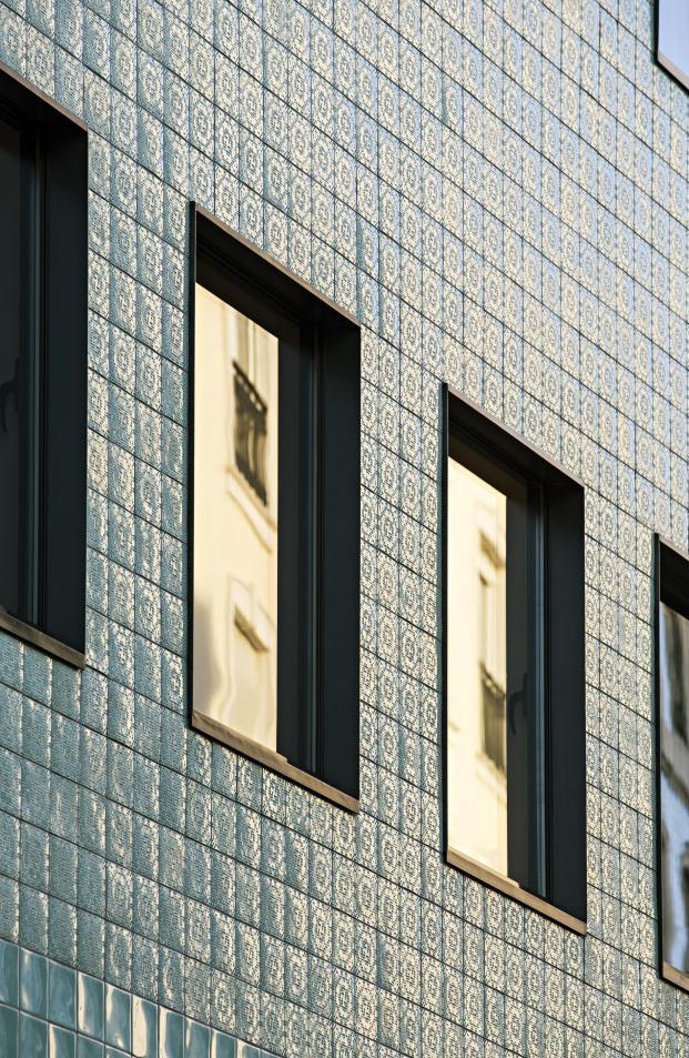 Casa-no-Principe-Real-Camarim-Arquitectos-Premios-ASCER-Nelson-Garrido (5)