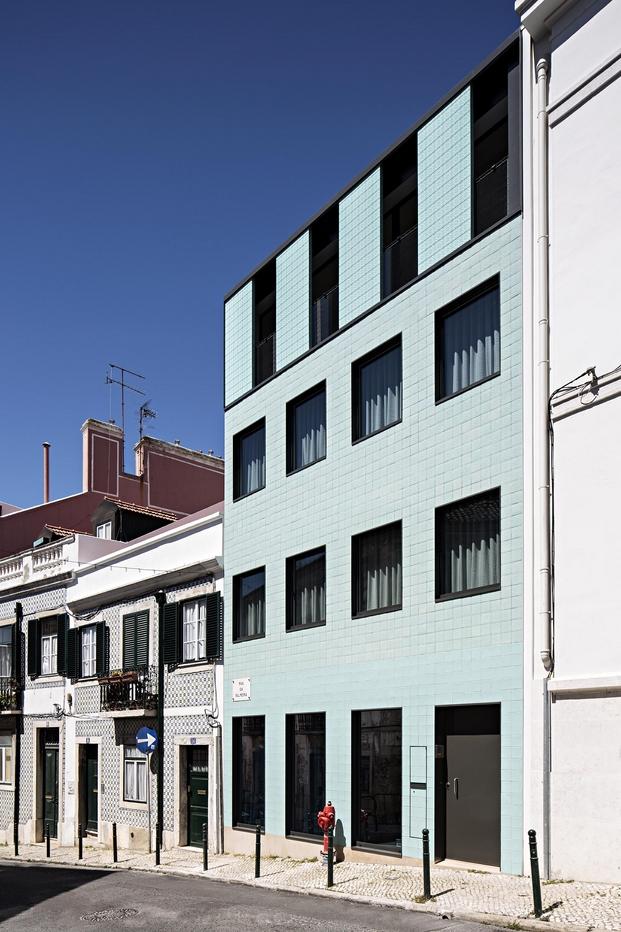 Casa no Principe Real Camarin Arquitectos (5)