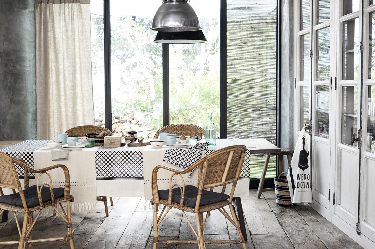 h m online bienvenida primavera luz y naturaleza. Black Bedroom Furniture Sets. Home Design Ideas