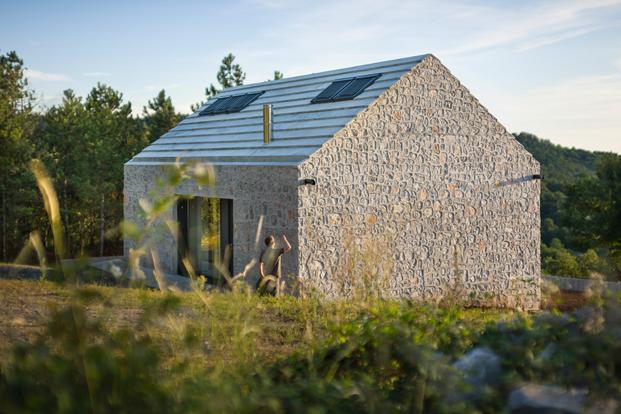 Karst House 02