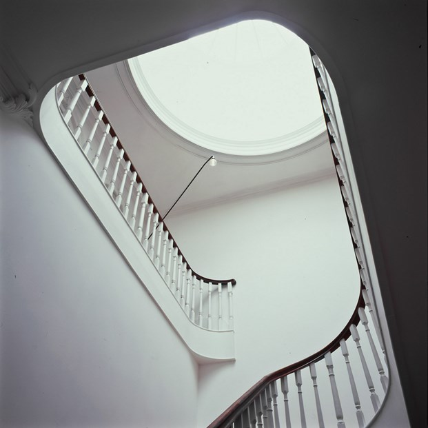 escaleras Bed & Brunch en Oporto hotel Rosa et Al diariodesign