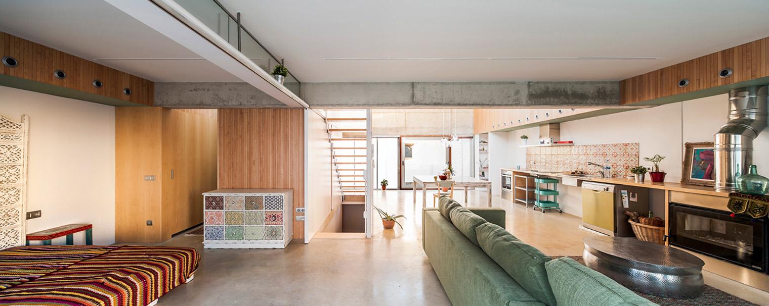 Casa Migdia de SAU Taller d'Arquitectura: luminosa, acogedora y poco ortodoxa. - diariodesign.com