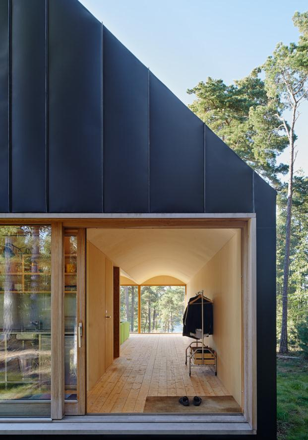 House-Husaro-Tham-and-Videgard-Arkitekter-Lindman-Photography-Stockholm-Sweden (4)
