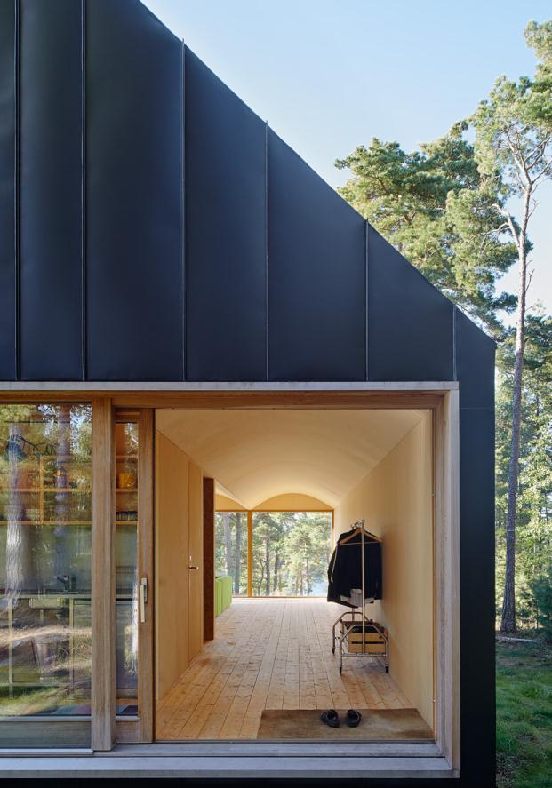 House-Husaro-Tham-and-Videgard-Arkitekter-Lindman-Photography-Stockholm-Sweden (4)