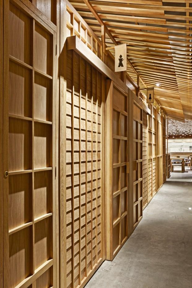 restaurante nozomi sushi bar valencia tipografia masquespacio diariodesign