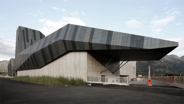 Salewa Headquarters / Cino Zucchi Architetti and Park Associati 2011