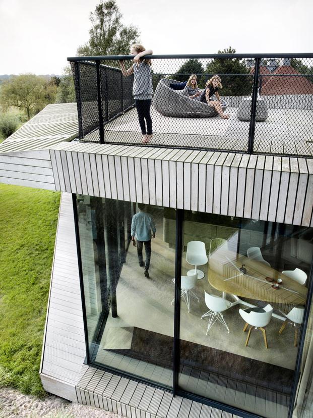 ben-van-berkel-unstudio-wind-house-north-holland-Inga-Powilleit (5)