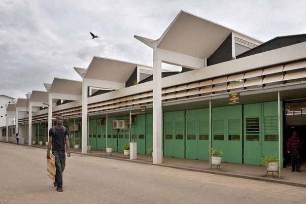 Escuela de Ingeniería de KNUST, Kumasi, Ghana. James Cubitt, 1956. © Alexia Webster