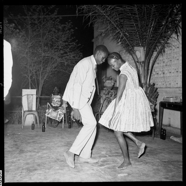 Malick Sidibé, Nuit de Noël (Happy Club), 1963