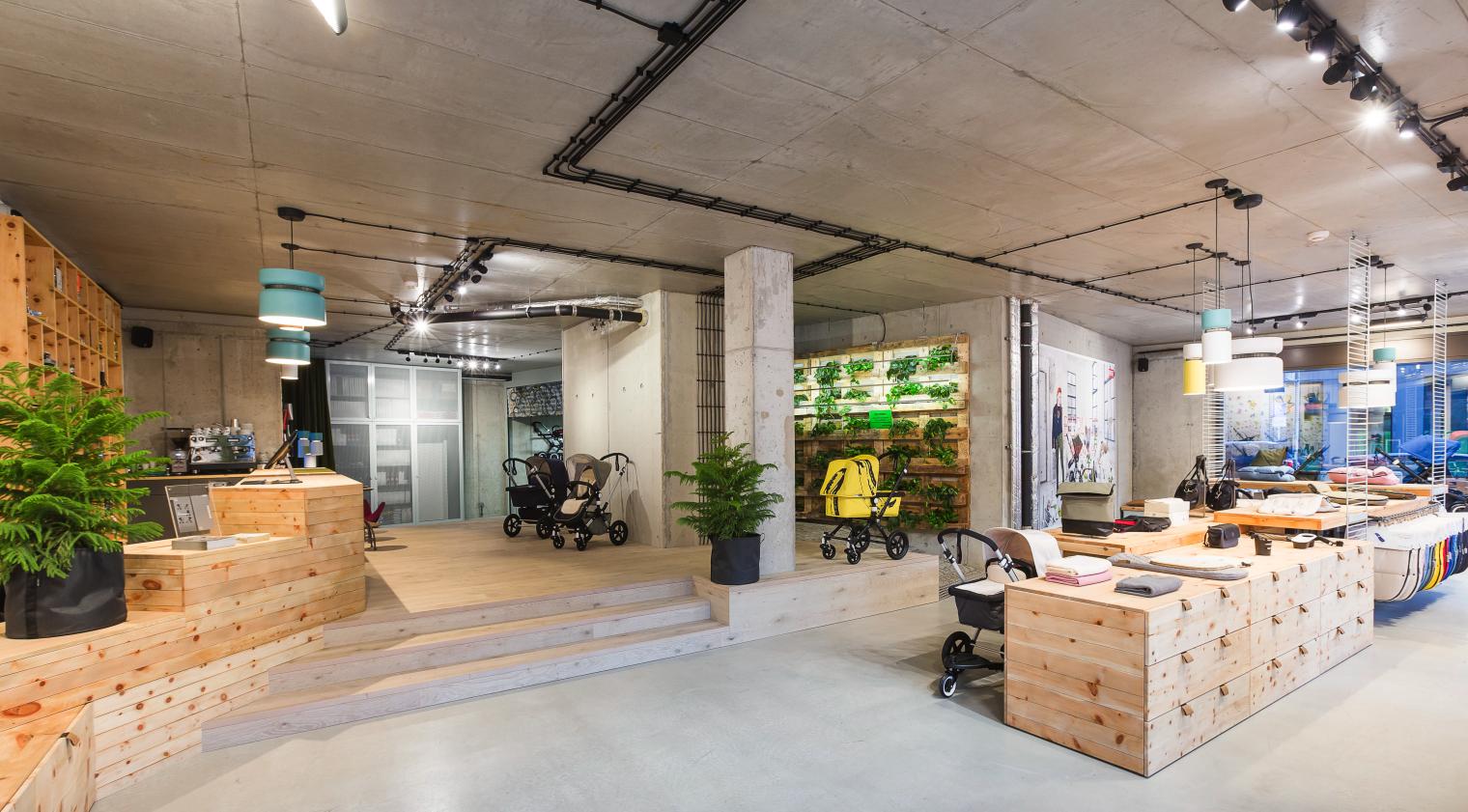 Toques sensoriales de werner aisslinger en la tienda de for Design shops berlin