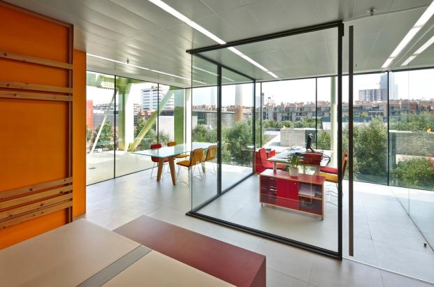 OFICINA-MEDIATIC-Tomas-Lopez-DESIGN-Workshop-BARCELONA (2)