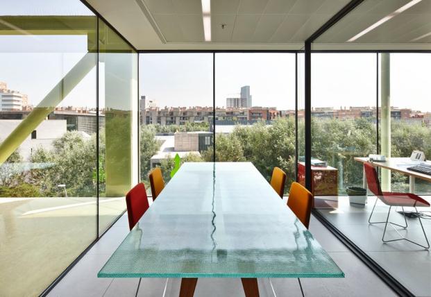 OFICINA-MEDIATIC-Tomas-Lopez-DESIGN-Workshop-BARCELONA (3)