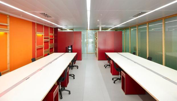 OFICINA-MEDIATIC-Tomas-Lopez-DESIGN-Workshop-BARCELONA (8)