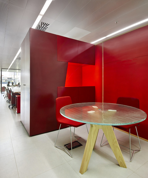 OFICINA-MEDIATIC-Tomas-Lopez-DESIGN-Workshop-BARCELONA (9)
