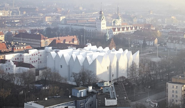 PHILHARMONIC-HALL-SZCZECIN-POLAND-BAROZZI-VEIGA-Hufton-Crow (1520x621)