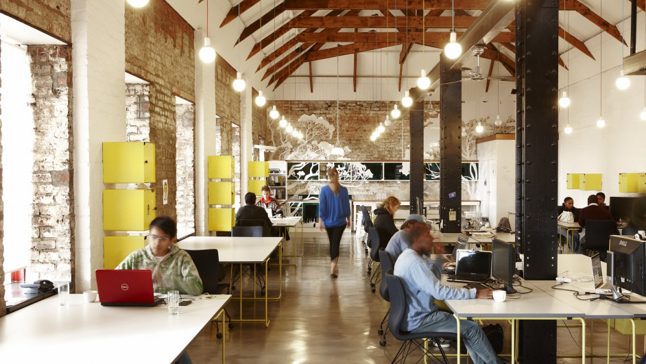 El dise o de las nuevas oficinas la importancia de las for Decoracion espacios abiertos