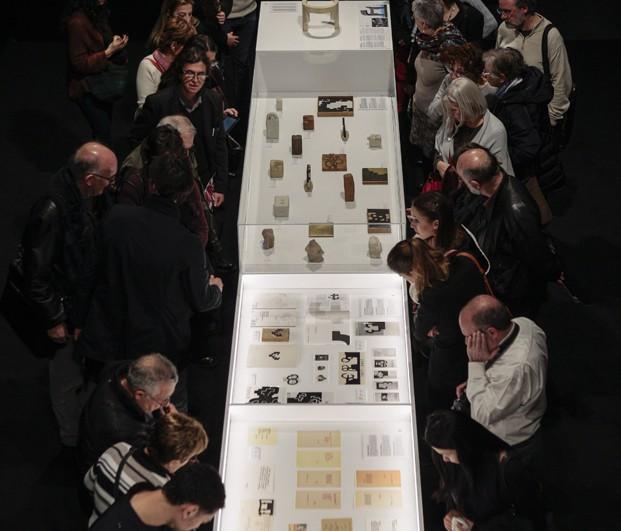 Chillida en Roca Barcelona Gallery 02