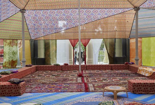 Museo-Reina-Sofia-Palacio-de-Cristal-del-Parque-del-Retir-Tuiza-Las-culturas-de-la-jaima (7)