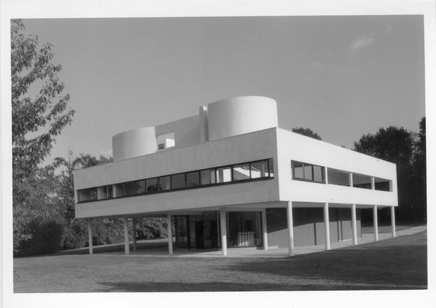 Le Corbusier, Pierre Jeanneret, Villa Savoye © FLC, ADAGP, Paris 2015 © ADAGP, Paris 2015 © Paul Koslowski