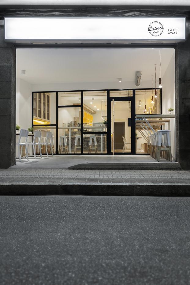 Nan arquitectos evocan un horno tradicional en el caf - Arquitectos en pontevedra ...
