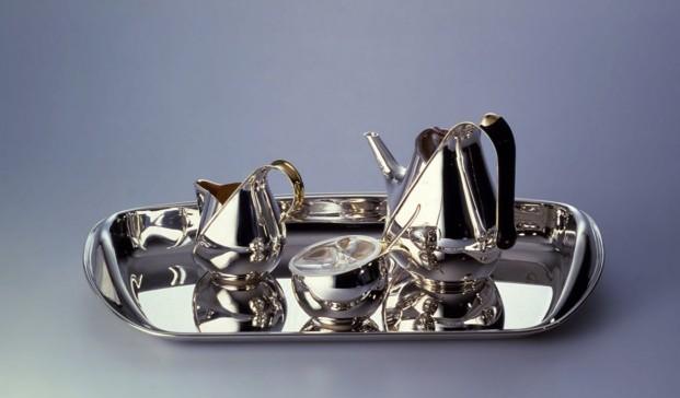 Juego de té y café Oronda, de Oscar Tusquets para Alessi