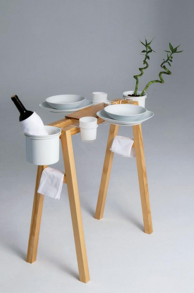 Mesa con vajilla La Cool Vie Boheme, diseño de Daniel Gantes