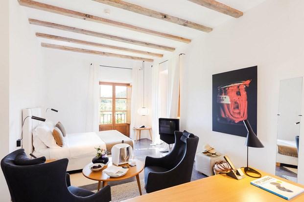mobiliario de obra arquitectura mediterránea en Son Brull de Forteza Aparicio Interiores