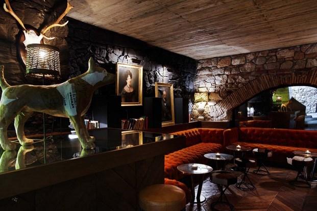 Segunda parte espa oles participantes en los restaurant for Derby hotels collection