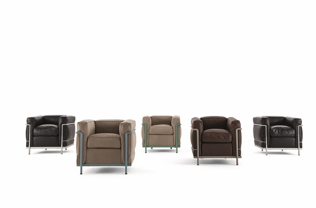CASSINA_LC2_Le Corbusier_Jeanneret_Perriand_eco friendly materials_group