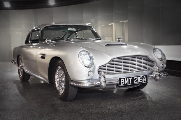 Diseñando 007 Cincuenta años de Estilo Bond Aston Martin DB5