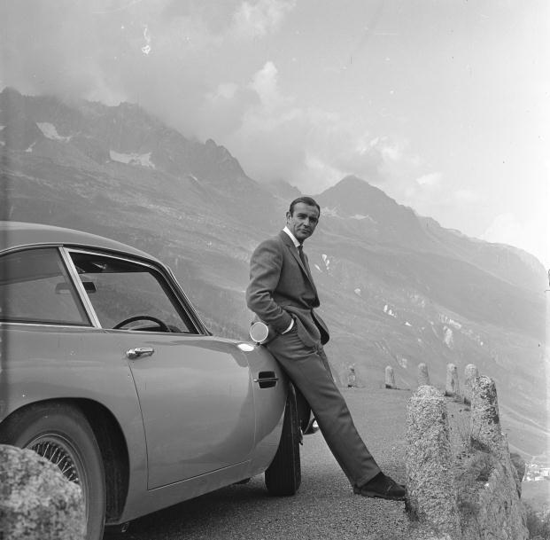 Diseñando 007 Cincuenta años de Estilo Bond Connery Astn Alps
