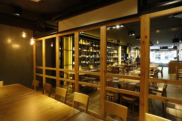 iluminacion restaurante en barcelona Foxos de Lluria de Carlos Martínez Interiors