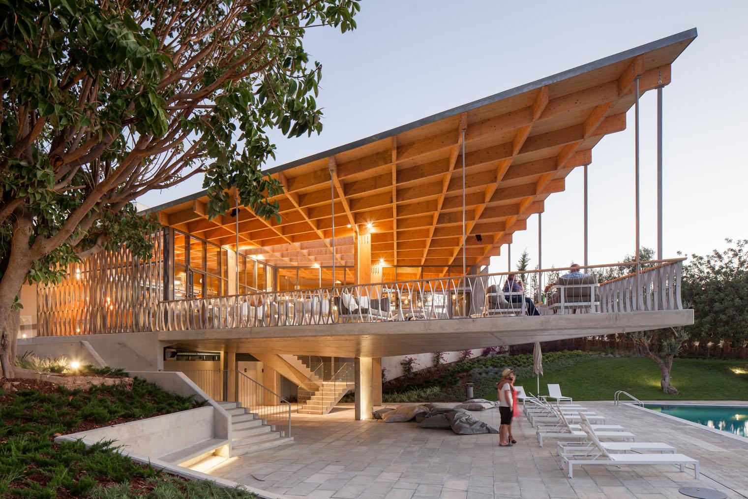 Los 10 mejores proyectos de arquitectura finalistas for Cubiertas para techos livianas