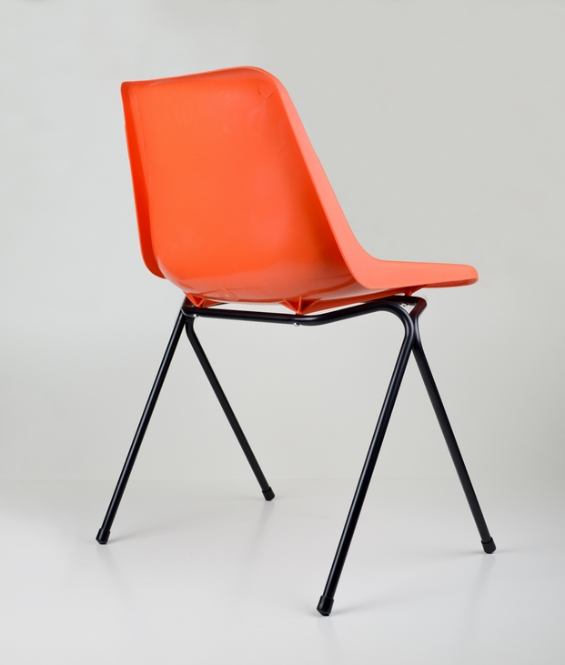 10 polypropylene chair robin day
