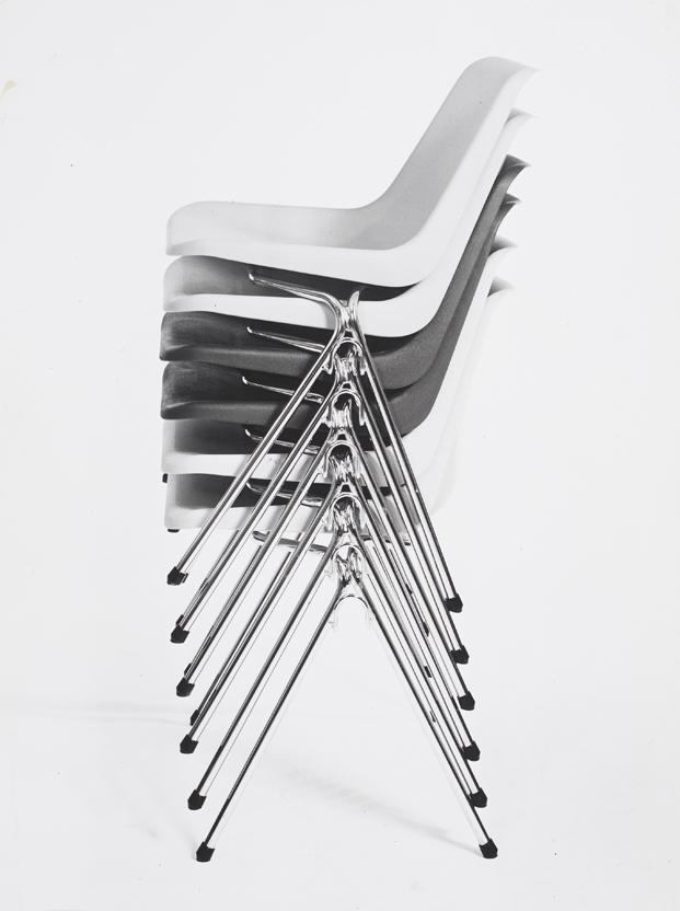3 polypropylene chair robin day