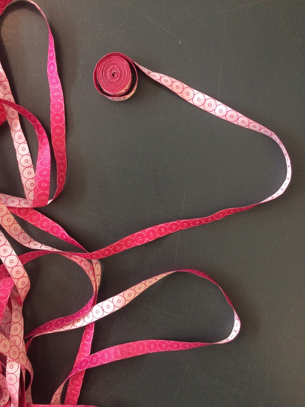 4 rosa bandet