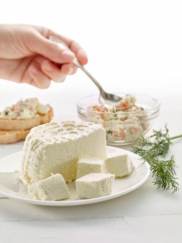 5 joanrojeski_cheesemaker_lekue
