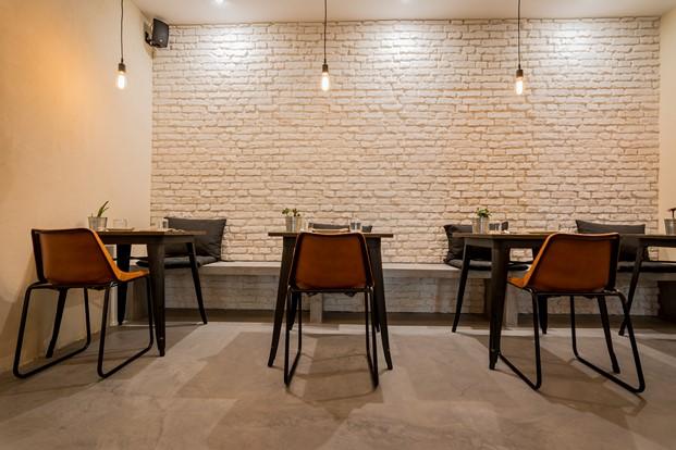 Restaurante Sudeste de Estudio Arze 14 (Copiar)