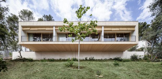 casa-llp-collserola-barcelona-alventosa-morell-arquitectes-adria-goula (10)