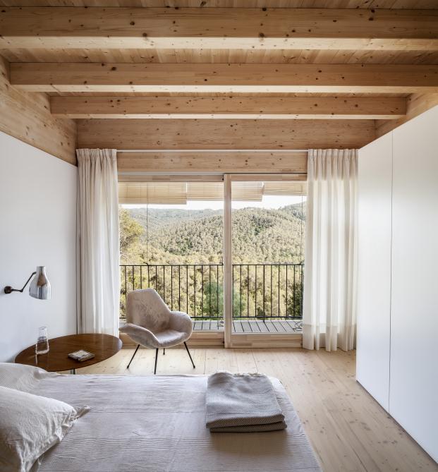 casa-llp-collserola-barcelona-alventosa-morell-arquitectes-adria-goula (12)