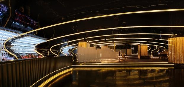 1 Bond Lounge
